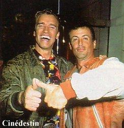 Stallone et Schwarzenegger dansent ensemble