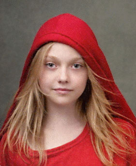 Dakota Fanning s'aventure chez les vampires dans Twilight : New Moon